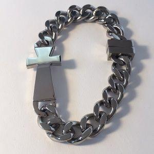 Men's Link Chain Bracelet Silver Tone Cross Magnet